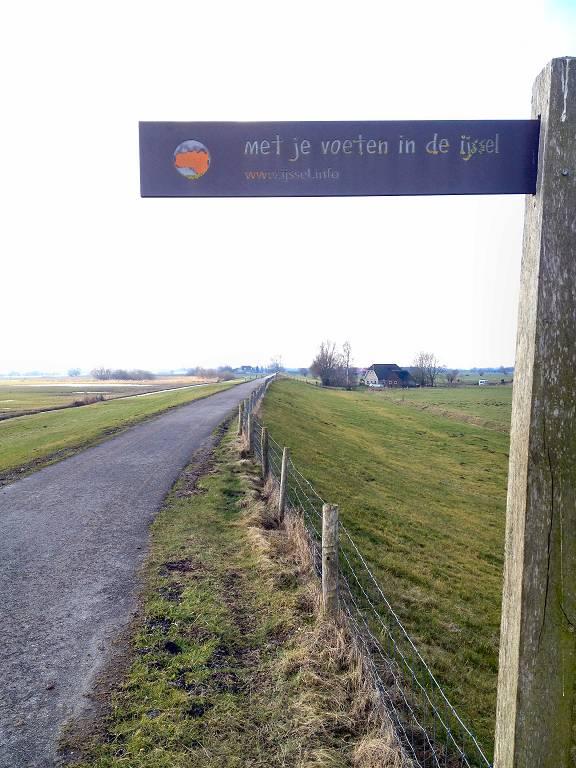 Veecaterdijk; rondje van 21 km via Wilsum februari 2015
